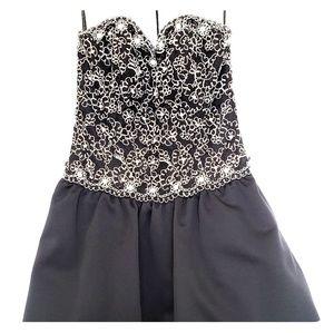 VINTAGE A.J.BARI Strapless Evening Dress